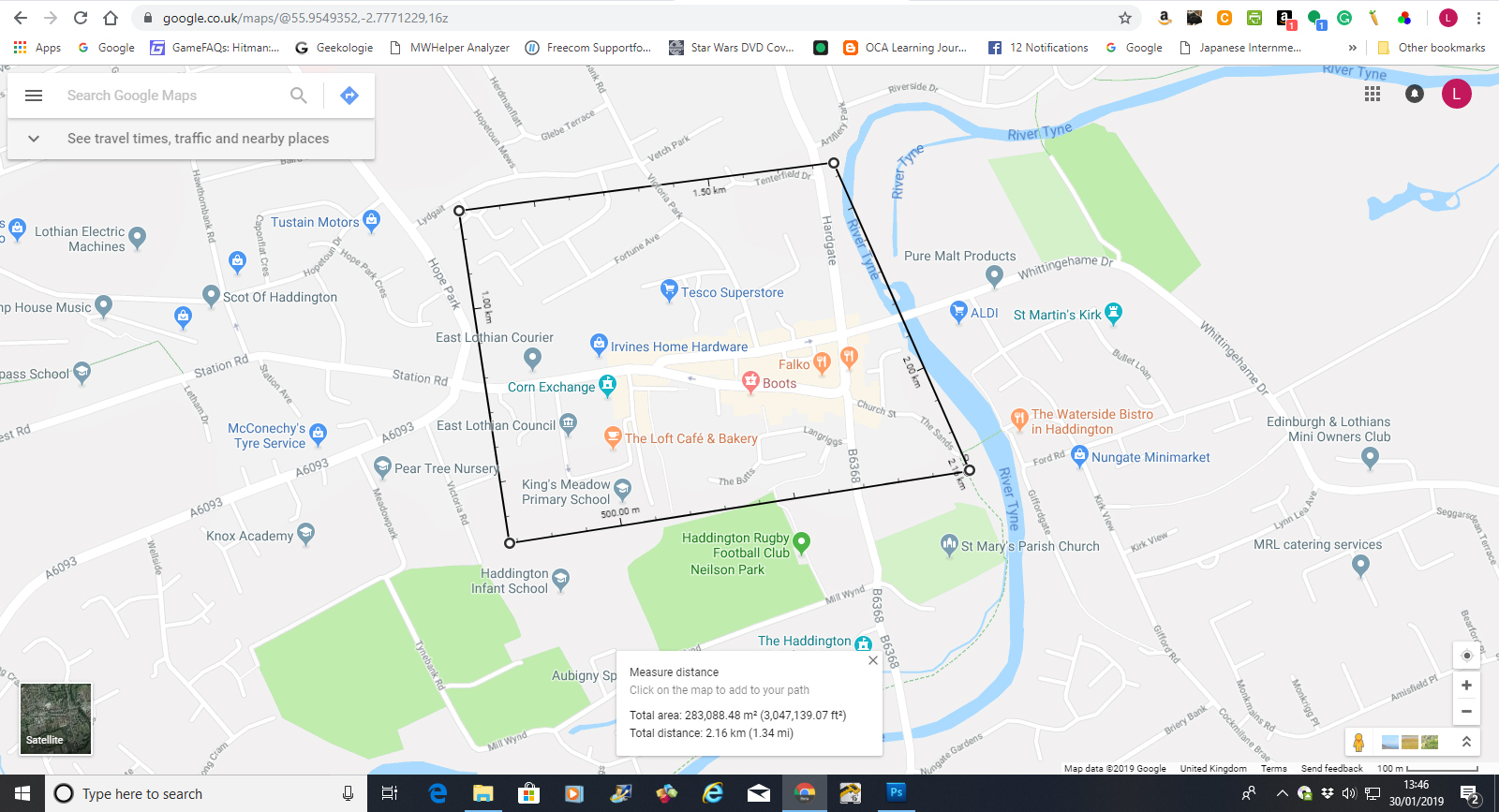 Google map showing square around town centre